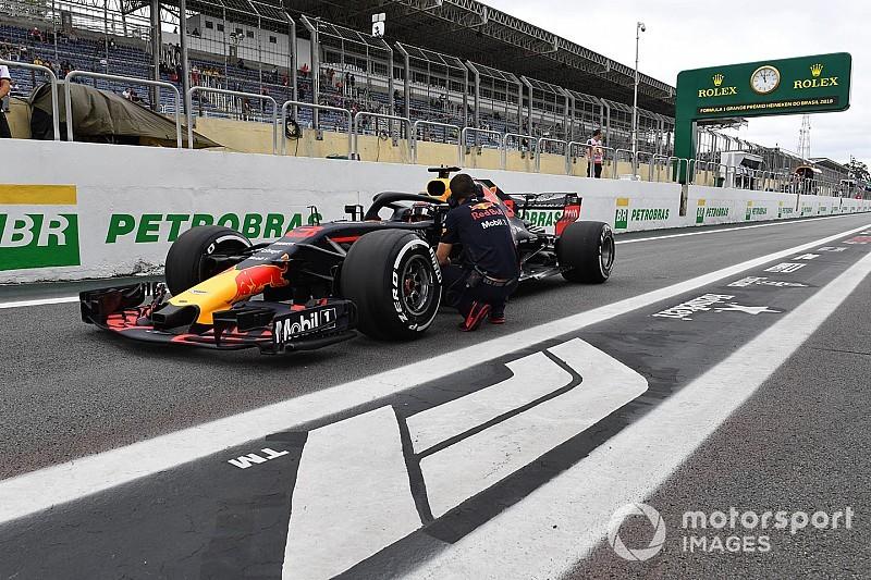 Ricciardo'nun turbo cezasına pist görevlisi neden olmuş