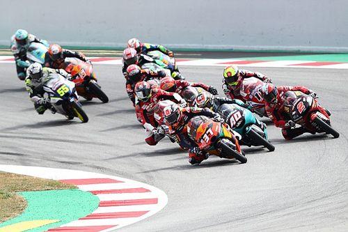 Rossi: Wedstrijdleiding moet harder optreden in Moto3