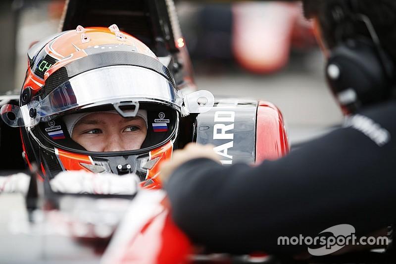 Mazepin tiene aperta la lotta per il titolo conquistando la pole ad Abu Dhabi