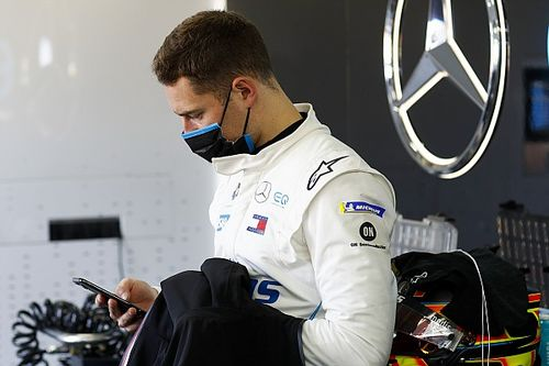 "Vandoorne admits ""it hurts"" Mercedes didn't pick him"