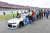 """NASCARの""""吊り縄""""事件は勘違い? FBIは「ドライバー標的の犯罪ではない」と結論"""