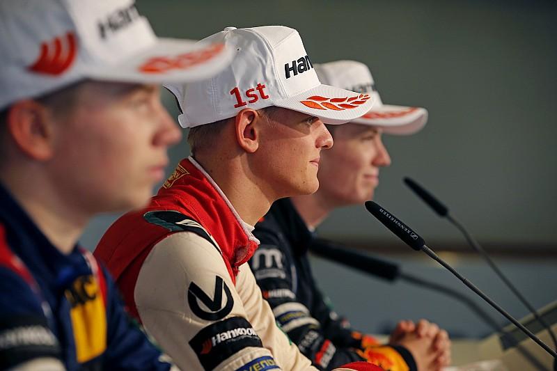 A Red Bull leszidta tehetségét a Schumacherre tett megjegyzése miatt