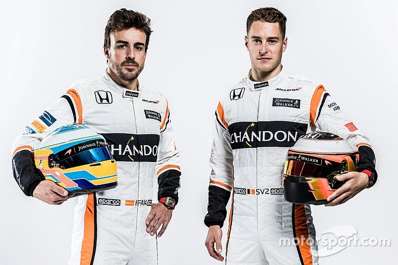 【F1】アロンソ「アグレッシブなデザインのMCL32に期待が高まる」