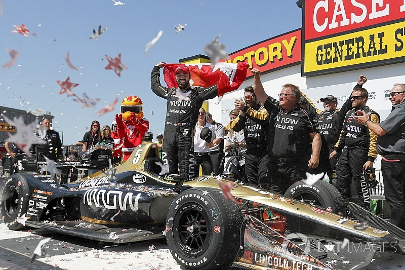 "Hinchcliffe: Not pitting under final yellow was a ""tough call"""