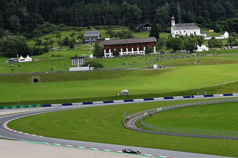 Гран Прі Австрії: Mercedes очолила першу практику