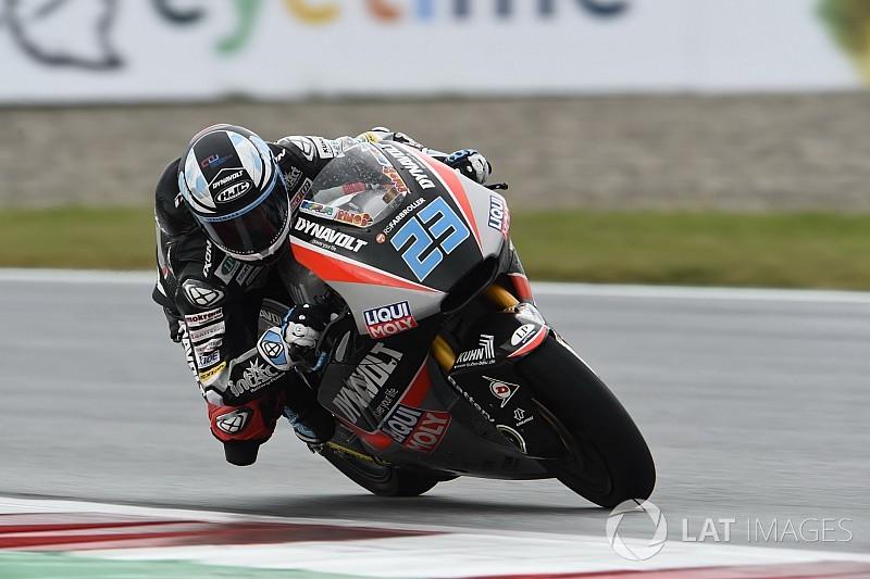 FP1 Moto2 Inggris: Schrotter pimpin sesi, Oliveira terjatuh