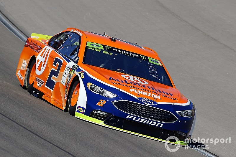 Keselowski holds off Kurt Busch for Stage 2 win at Las Vegas