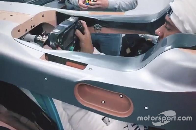 Mercedes a dévoilé le moulage de baquet de Hamilton
