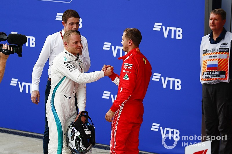 Vettel defends Mercedes' team orders