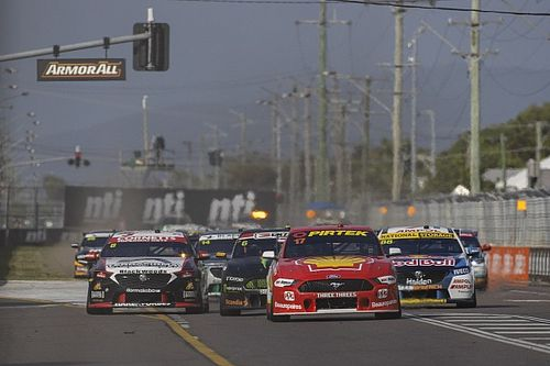 Seven rolls out stars for Supercars return
