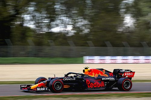 Red Bull no considera desventaja que Pérez arranque con blandos