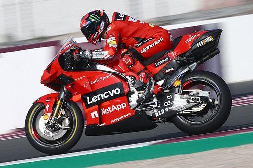 """Bagnaia rivela: """"La Ducati si abbassa anche davanti!"""""""