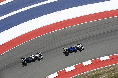 """Vettel szeret csatázni a """"tisztességes"""" Russell ellen"""