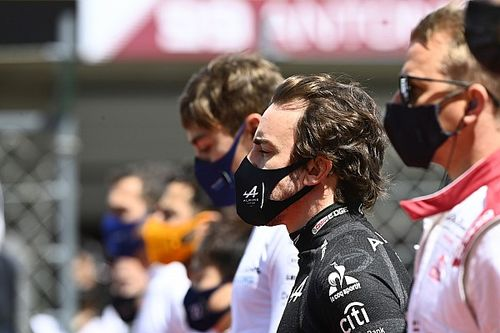 Alonso feels too much being made of early results of F1 drivers at new teams
