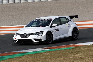 La Vuković Motorsport ha sviluppato la Mégane TCR: