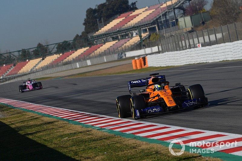 A kétszer is megállt McLaren volt a leggyorsabb Barcelonában az ötödik tesztnapon a Red Bull előtt