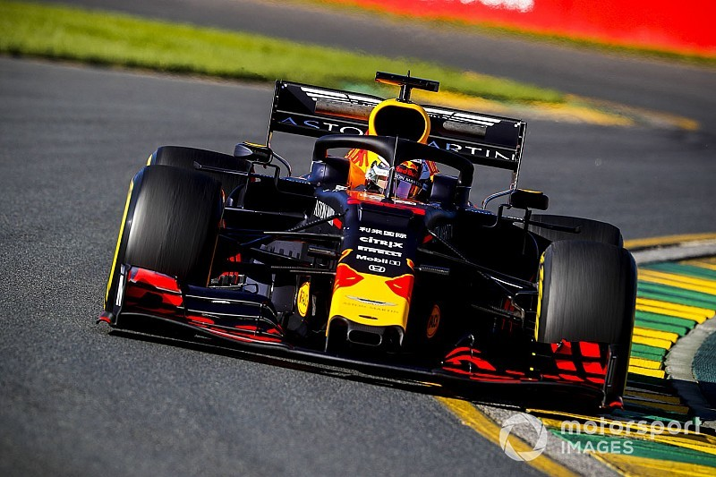 Red Bull changes Verstappen's chassis
