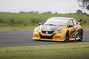 BTCC Qualifying report Snetterton BTCC: Shedden smashes lap record to clinch pole