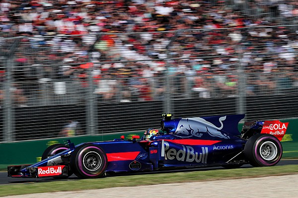 Formula 1 Breaking news Sainz wants to sort handling issues after