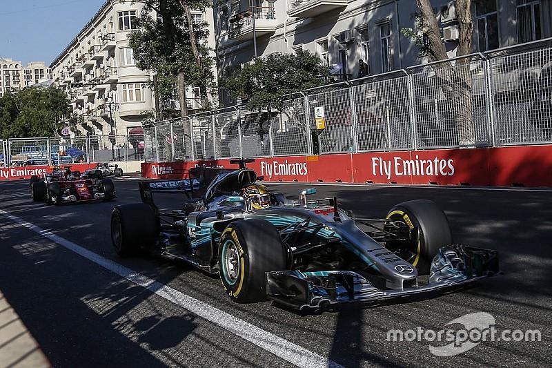 Ricciardo defiende la maniobra de Lewis Hamilton en Bakú