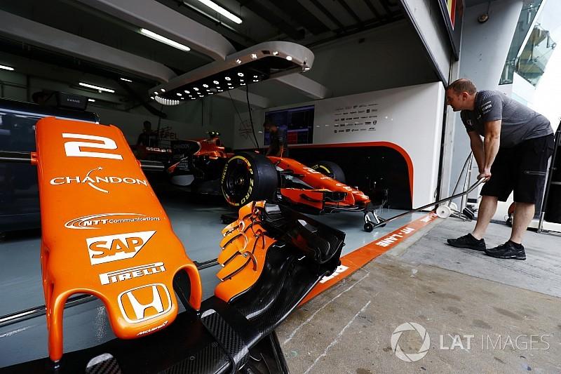 Amikor a McLaren-Honda segít a Mercedesnek