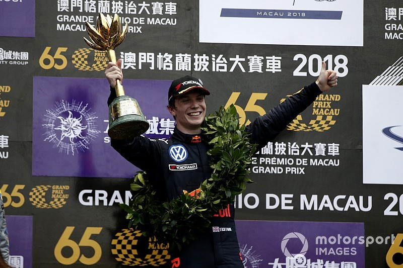Macau GP: Ticktum takes dominant victory
