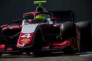 Schumacher, F2'yi ilk altı içerisinde bitiremezse süper lisansını kaybedecek