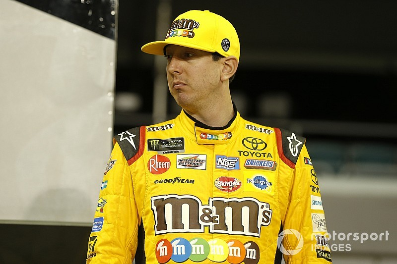 fe92fb39973 Kyle Busch last of title contenders after