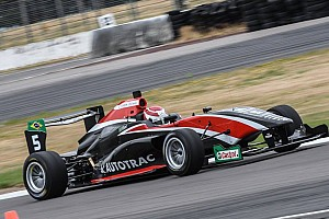 Other open wheel Race report Taupo TRS: Piquet holds off new points leader Randle to win