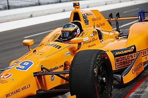 Інді-500: Алонсо зійшов через відмову двигуна Honda