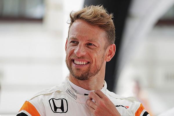 Button garante que retornará ao automobilismo em 2018