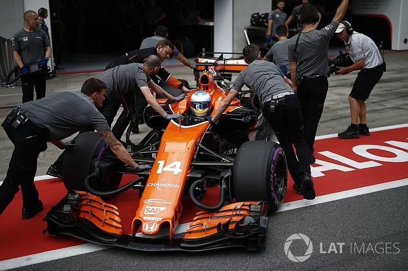 """Alonso sintió que alguien """"jugaba a los bolos"""" tras ser impactado en Austria"""