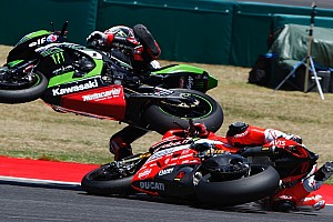 World Superbike Breaking news Davies terlindas motor Rea di lap terakhir WorldSBK Misano