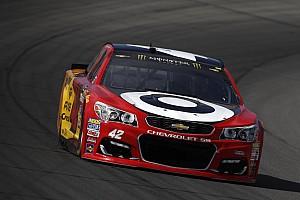 NASCAR Cup Gara Kyle Larson si conferma re in Michigan battendo Chase Elliott