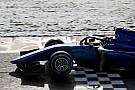 FIA F2 Toptalent Norris ziet De Vries als belangrijke titelkandidaat