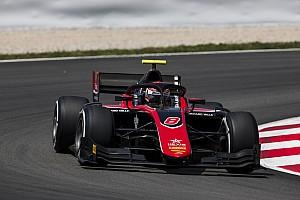 FIA Fórmula 2 Crónica de Carrera Russell gana la carrera feature en la F2 en España