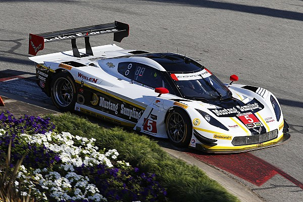 Fittipaldi adds to family history at Long Beach