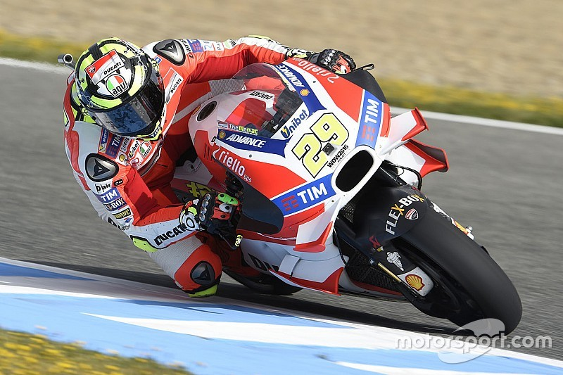 MotoGP rivals jealous of Ducati winglets, says Iannone