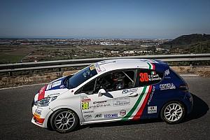 Ciocco, Peugeot 208 Competition Top: a metà gara Ciuffi conduce su Guglielmini