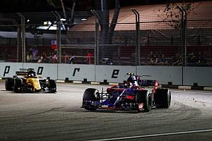 Renault'nun kaydettiği gelişim Sainz'ın 'yüzünü güldürüyor'