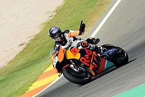 MotoGP Toplijst Foto's: Tony Cairoli test KTM RC16 MotoGP-machine op Valencia