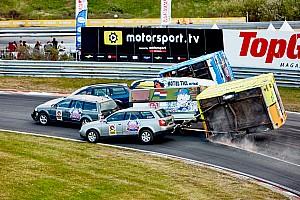 Формула 1 Самое интересное Территория Ферстаппена. Фоторепортаж с гоночного шоу в Зандворте