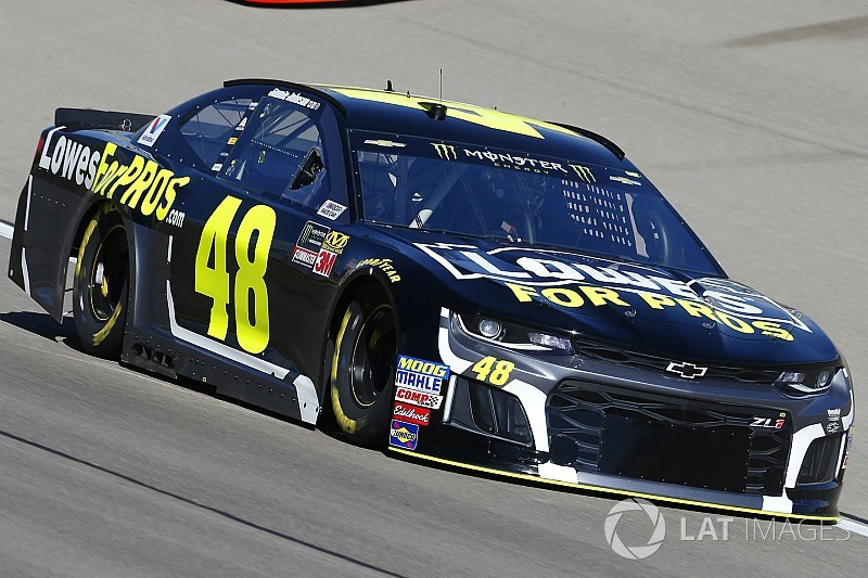 Chevrolet Las Vegas >> Jimmie Johnson's car chief ejected after failing pre-race inspection at Las Vegas