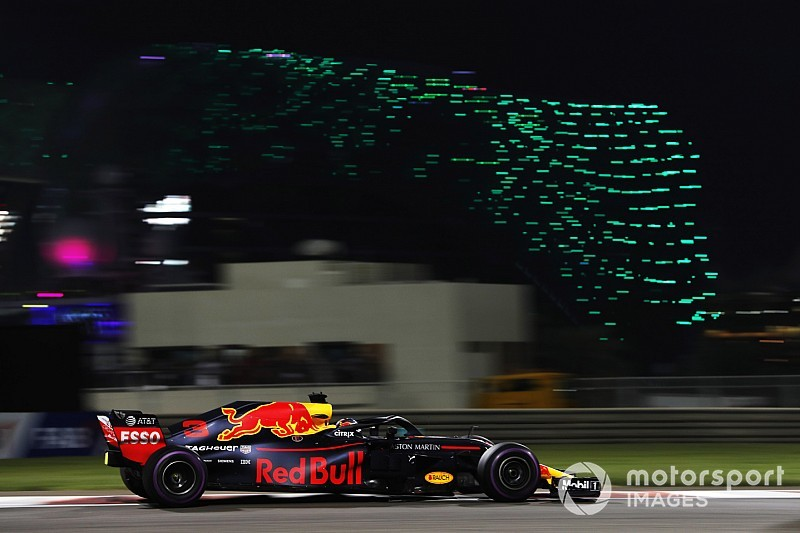 Ricciardo says his strategy put leaders