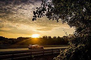 GALERIA: As melhores imagens dos carros no amanhecer de Le Mans
