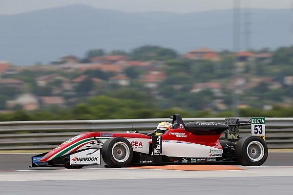 فورمولا 3 الأوروبية تقرير السباق فورمولا 3: إيلوت يُهيمن على السباق الثاني في المجر مُحرزًا فوزه الثالث هذا الموسم