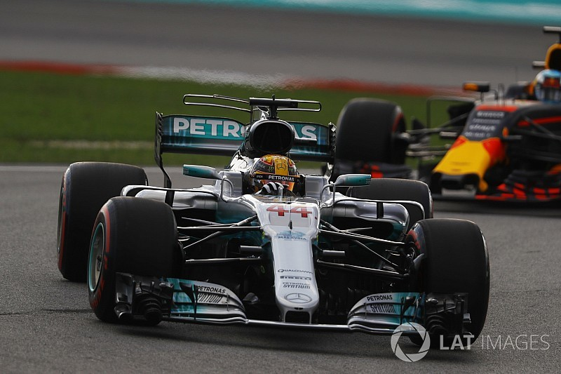 "Ricciardo : ""Hamilton peut se permettre de perdre"""