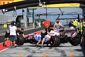 Формула 1 Самое интересное Молодые пилоты за рулем Ф1: фотоотчет первого дня тестов в Венгрии