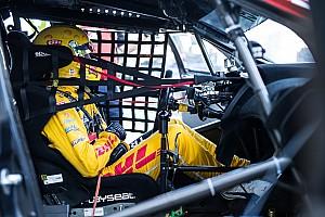 WTCC Verslag vrije training WTCC Vila Real: Michelisz snelste in eerste training, Coronel crasht tegen brandweerwagen