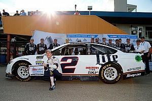 NASCAR Cup Reporte de calificación Keselowski toma la pole en Michigan y Suárez en 16°